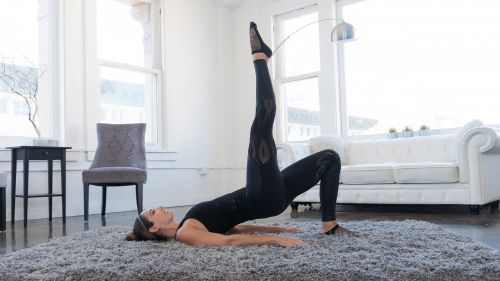 Courtni Gidish | lower body barre workout