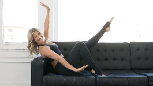 BodyselfieTV | Sarah Kusch's mindful movements home workout